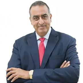 Dr. Yasser Nakhlawi